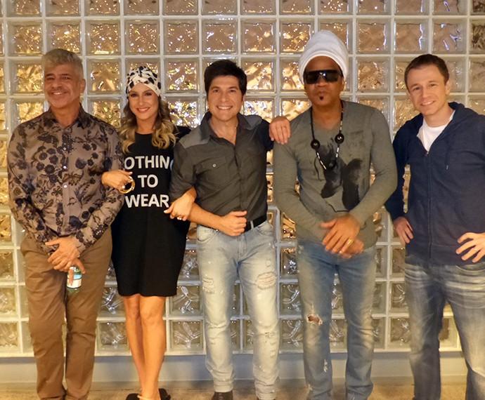 Essa é a blusa xodó de Claudia Leitte, que ela usou na gravação da vinheta do The Voice Brasil no ano passado (Foto: Gshow)