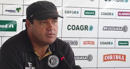 satisfeito (Leonardo Freire/GloboEsporte.com)