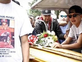 Irmao Do Funkeiro Mc Gui E Enterrado Em Sao Paulo Musica G1 See more of mc gui. g1 globo