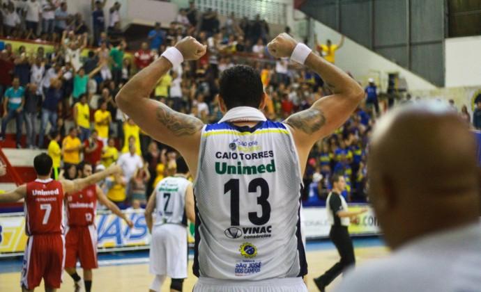 Caio Torres São José Basquete x Paulistano NBB (Foto: Alan Collet/Divulgação)