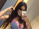 Suzy Cortez posa de pijama decotado após malhar: 'Em busca da perfeição'