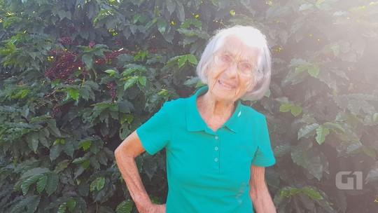 Cafeicultora de 94 anos produz acima da média nacional em MG: 'Cuido para Deus'