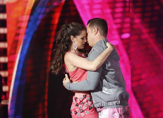 E sensualiza com o parceiro de dança (Foto: Ellen Soares/Gshow)