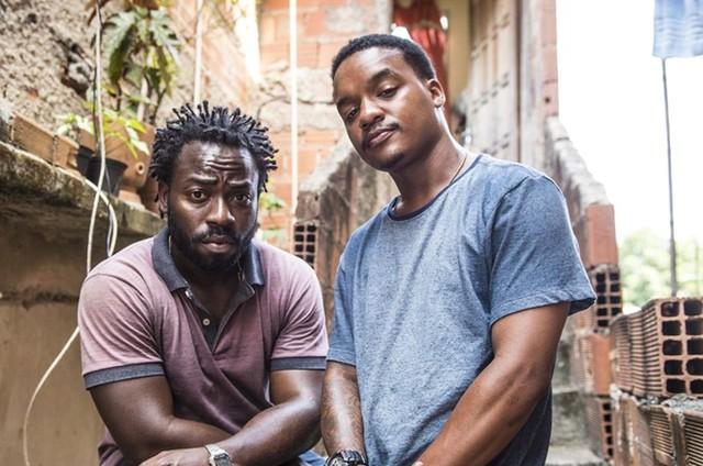 Douglas Silva e Darlan Cunha voltam a interpretar Acerola e Laranjinha em 'Cidade dos Homens'  (Foto:  João Cotta/ Globo)