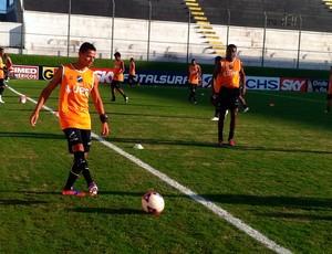 Adriano Pardal espera voltar a marcar com a camisa do ABC (Foto: Bruno Araújo/GLOBOESPORTE.COM)