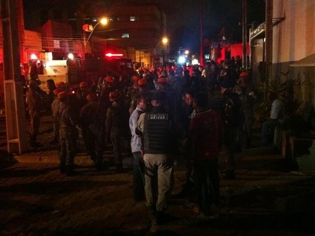 Explosão em delegacia de Maceió (Foto: Natalia Souza/G1)