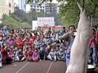 Açougueiro carneia porco em escola na China e choca crianças