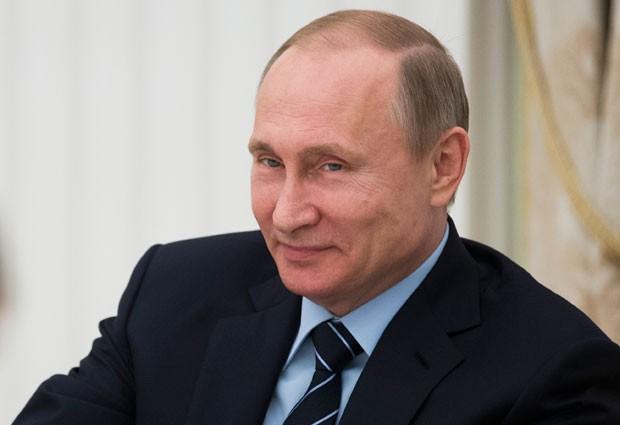 'Que elementos de corrupção? Não há nenhum', afirmou Putin (Foto: Ivan Sekretarev/AP)