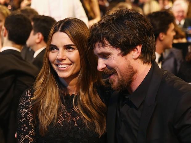 Sibi Blazic e Christian Bale em prêmio em Los Angeles, nos Estados Unidos (Foto: Rich Polk/ Getty Images/ AFP)