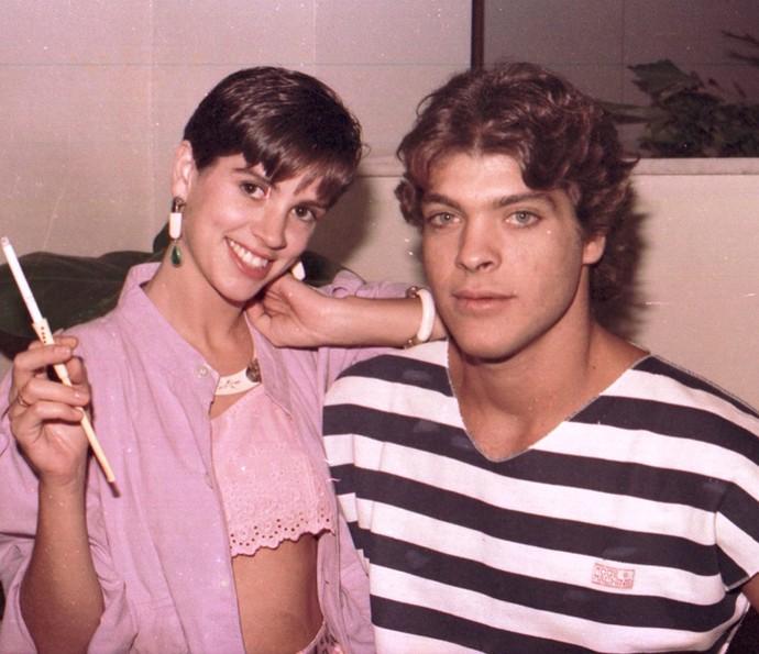 Em 1985, Roberto Bataglin fez 'Um Sonho a Mais' com Tássia Camargo (Foto: CEDOC / TV Globo)