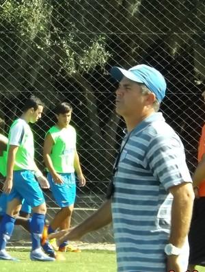 João Mesquita, técnico da base do Avaí (Foto: divulgação / assessoria Futbase)