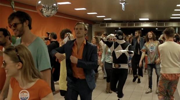 Festa reuniu 500 participantes (Foto: Reprodução/Youtube)