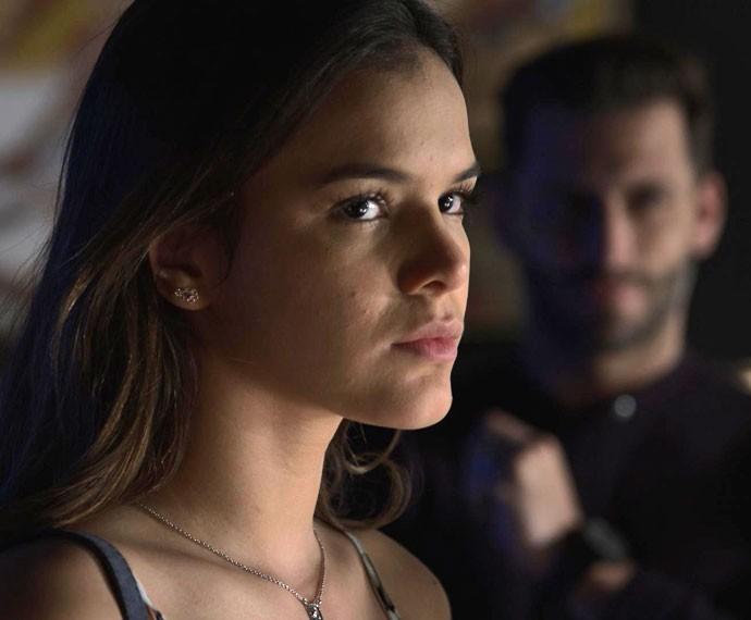Mari não esconde o sentimento de nojo que sente por Gabo (Foto: TV Globo)