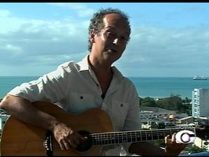 Cantor e compositor Júnior Almeida (Foto: Reprodução/TV Gazeta)