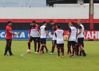 Marcelo Martelotte - treino - Atlético-GO (Foto: Fernando Vasconcelos / Globoesporte.com)