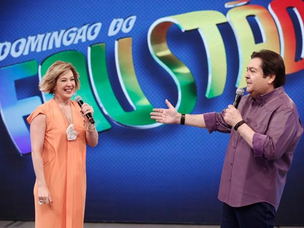 Claudia Raia contracena com Faustão (Foto: Inácio Moraes/Gshow)