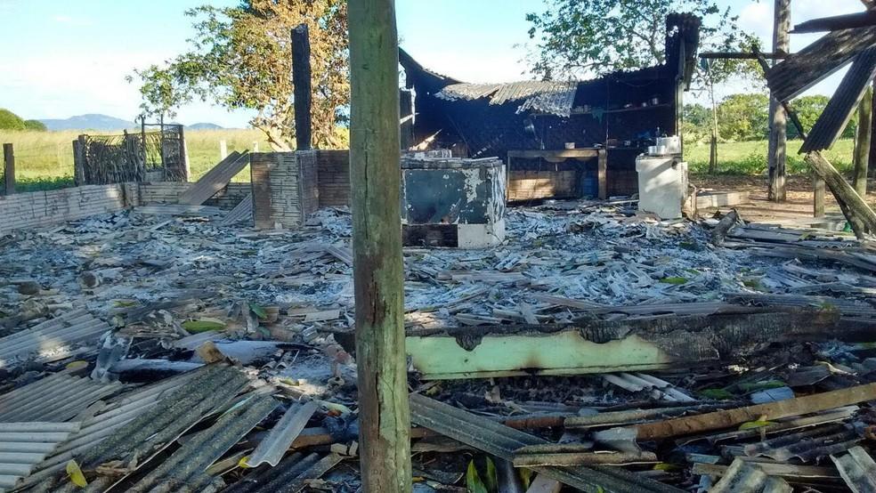 Área abandonada da fazenda Santa Lúcia, onde ocorreram as mortes, no município de Pau D´Arco, no sudeste do Pará. (Foto: Ascom/PC)