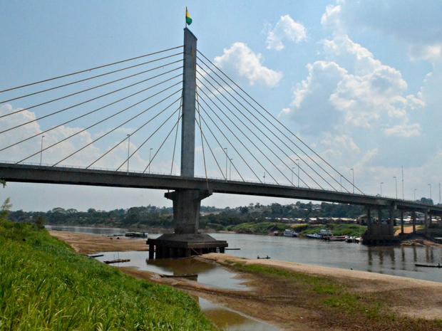 Rio Juruá com 2,56 metros em Cruzeiro do Sul (Foto: Anny Barbosa/G1)