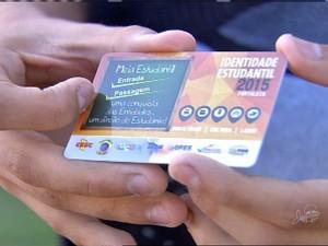 Alunos de Fortaleza têm carteiras de estudante bloqueadas neste sábado (Foto: Reprodução/TV Verdes Mares)
