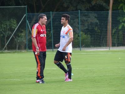Luxemburgo e Arthur Maia, treino Flamengo (Foto: Cahê Mota)