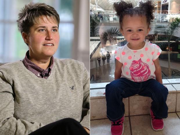 Jennifer Cramblett e a filha Payton, que nasceu de inseminação artificial com o sêmen de um doador negro (Foto: Jennifer Crambett/Arquivo pessoal/AP)