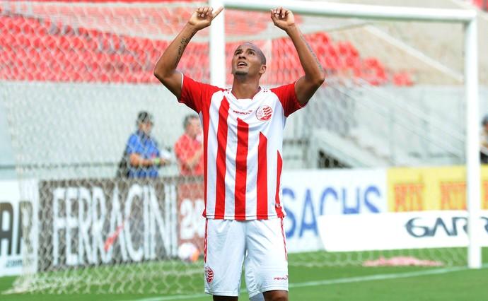 Hugo Náutico x Central (Foto: Antônio Carneiro / Pernambuco Press)