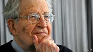 O linguista americano Noam Chomsky (Foto: AFP)