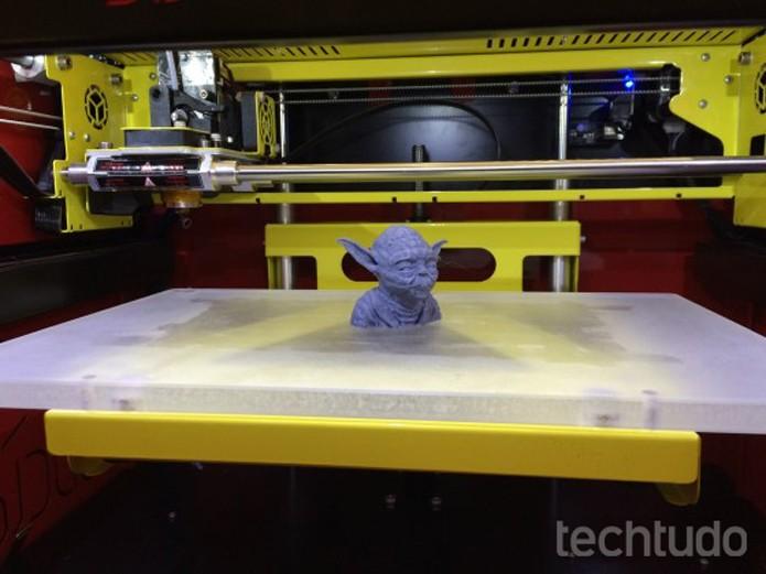impressora 3d (Foto: Marcelo Paiva/TechTudo)