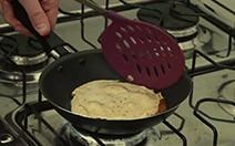 Confira a receita da panqueca de aveia com recheio cremoso