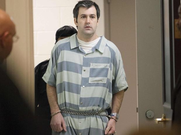 O ex-policial Michael Slager é conduzido à corte durante audiência em Charleston, na Carolina do Sul, em 10 de setembro (Foto: Reuters/Randall Hill/Files)