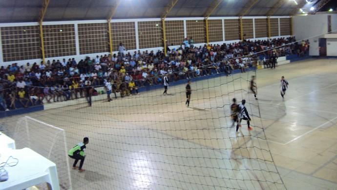 Resultado de imagem para Imagens do Futsal Sendo Jogado na Paraiba