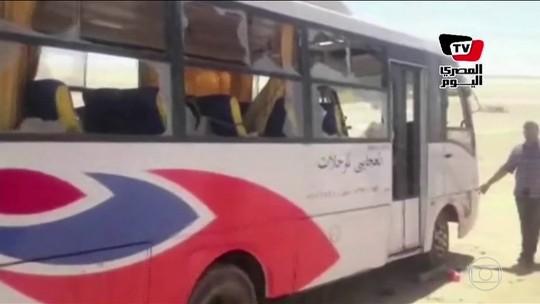 Atentado no Egito contra cristãos coptas mata 29 e deixa 24 feridos