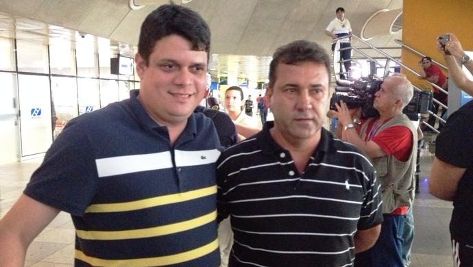 Fred Gomes ao lado de Zé Teodoro (Foto: GloboEsporte.com)