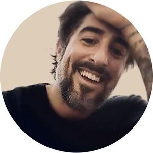 Marcos Mion é apresentador de TV, ator, fisiculturista e empresário, casado com Suzana Gullo e pai de Romeo, 12 anos, Doninha, 9, e Tefo, 7. (Foto: Reprodução/Instagram)