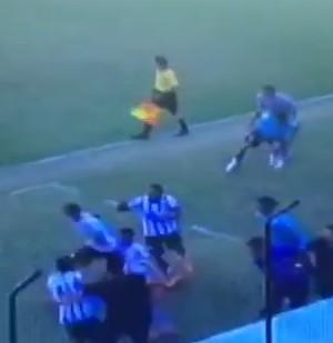 Corinthians sub-17 frame (Foto: Reprodução)