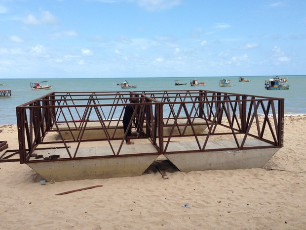Fogos ficarão em duas balsas no mar da praia de Tambaú, em João Pessoa (Foto: Divulgação/Secom-JP)