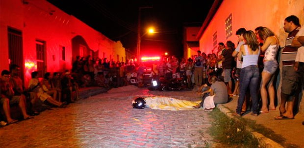 Advogado Marcelo foi assassinado nas proximidades de sua casa (Foto: Marcelino Neto)