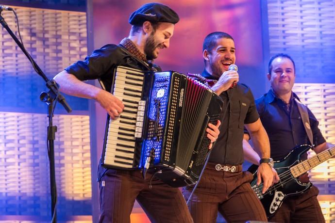 Tchê Chaleira animou o 'Galpão Crioulo' no Três Coroas em Festa (Foto: Maicon Hinrichsen/RBS TV)