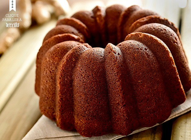 O bolo de gengibre de Daniela leva melado e especiarias (Foto: Elisa Correa/Editora Globo)