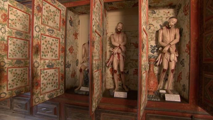 Coleção de cristos chineses faz parte do acervo da Ordem Terceira do Carmo (Foto: TV Bahia)
