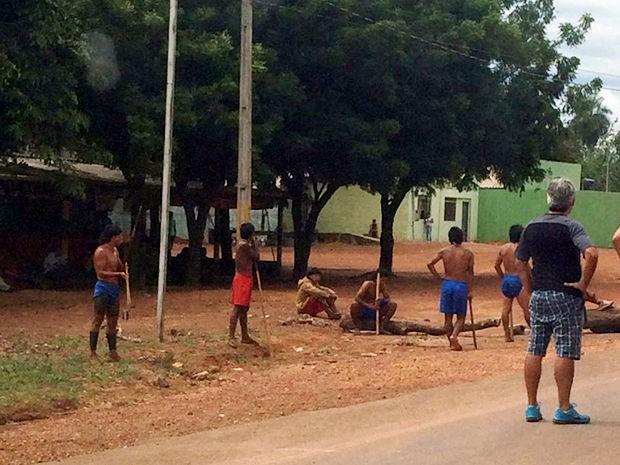 Índios liberaram rodovia e suspenderam cobrança de pedágio em Mato Grosso (Foto: Assessoria/PRF-MT)