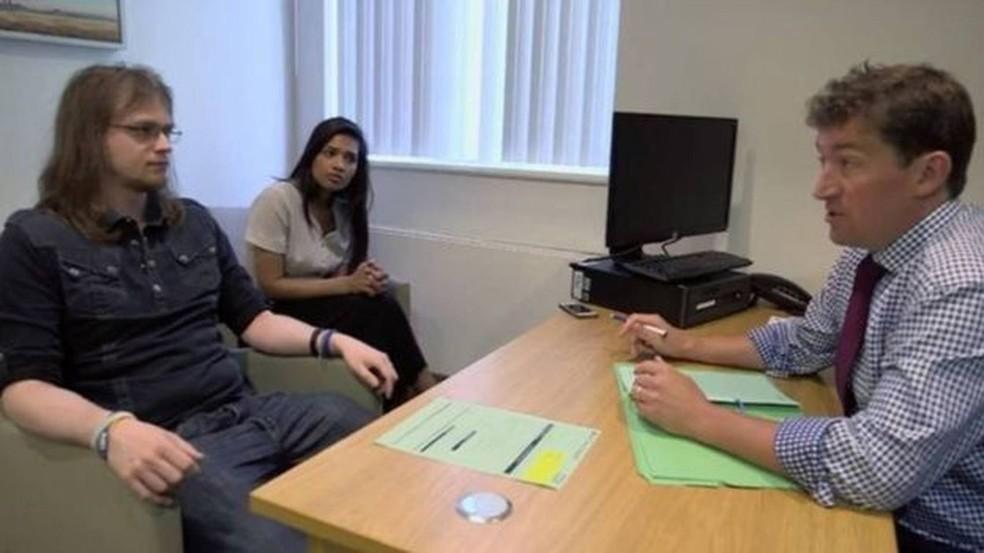 Aos 29 anos, Paul Pritchard foi autorizado a fazer vasectomia após batalha de 11 anos (Foto: BBC THREE)
