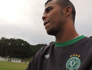 André Paulino, zagueiro, chapecoense, série b, treino, são josé (Foto: Renan Koerich)