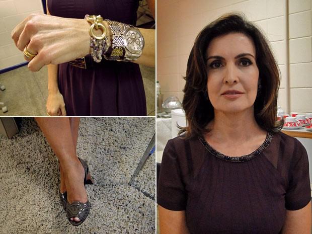 Fátima mostra pulseira que ganhou do marido e outros detalhes do visual (Foto: Encontro com Fátima Bernardes/TV Globo)