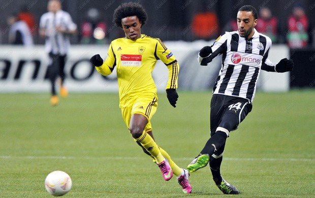 Willian Anzhi Newcastle (Foto: Reprodução / Site Oficial)