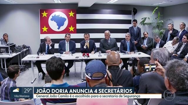 Doria anuncia general e ex-secretários da prefeitura para cargos no governo paulista
