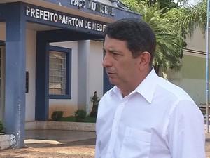 Candidato a prefeito de Valentim Gentil, Adilson Guerra (Foto: Reprodução / TV TEM)