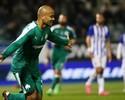 """Em alta na Grécia, Moledo vê falta de chances no Inter: """"Estou em alto nível"""""""