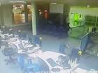 Ladrões invadem bancos em busca de armas e coletes balísticos, diz polícia