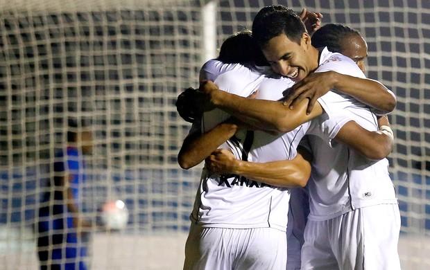 Lincom Bragantino comemoração jogo São Caetano (Foto: Davi Ribeiro / Agência Estado)